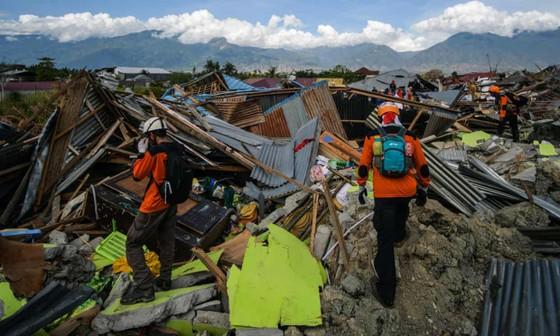 Số người thiệt mạng trong thảm họa kép tại Indonesia đã lên đến 1.944 người ảnh 12