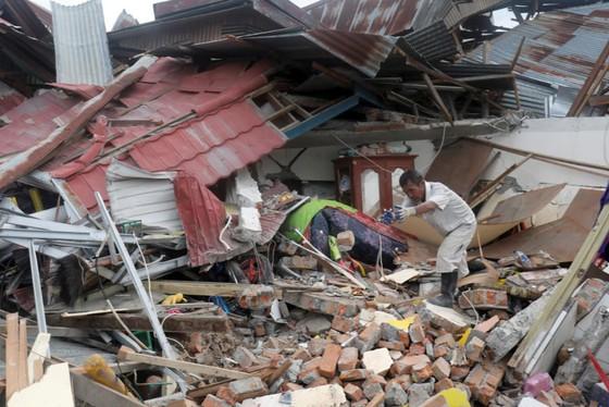 Nỗ lực ngày cuối cùng tìm kiếm nạn nhân vụ động đất, sóng thần tại Indonesia ảnh 7