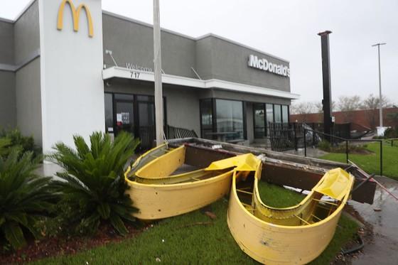 Florida tan hoang sau siêu bão Michael mạnh nhất kể từ năm 1992 ảnh 31