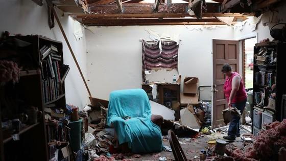 Siêu bão Michael tấn công Florida: 17 người chết, một căn cứ quân sự bị san bằng, cả thị trấn bị xóa sổ ảnh 33