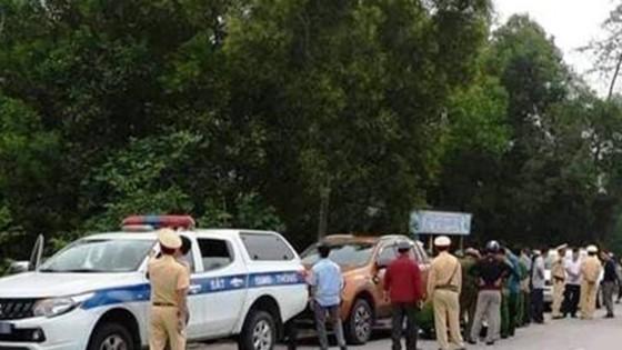 Bắt vụ vận chuyển 308,6kg ma túy đá trên quốc lộ 1A ảnh 1