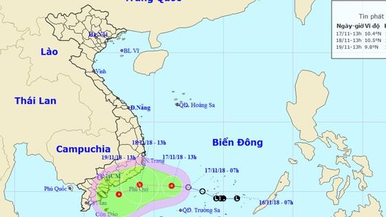 Áp thấp nhiệt đới gây gió giật cấp 9, biển động mạnh ảnh 1