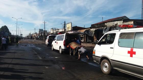 Vụ cháy xe bồn chở xăng ở Bình Phước: Xác định danh tính các nạn nhân ảnh 1