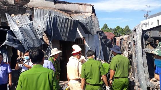 Xe bồn chở xăng gây cháy, 6 người thiệt mạng ảnh 5