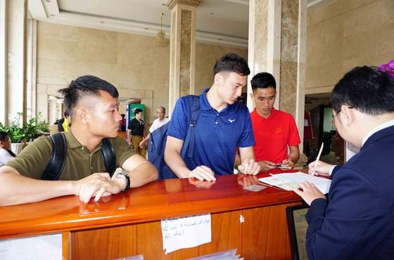 Tuyển Việt Nam hội quân:  Gần nửa đội hình vắng mặt ảnh 1