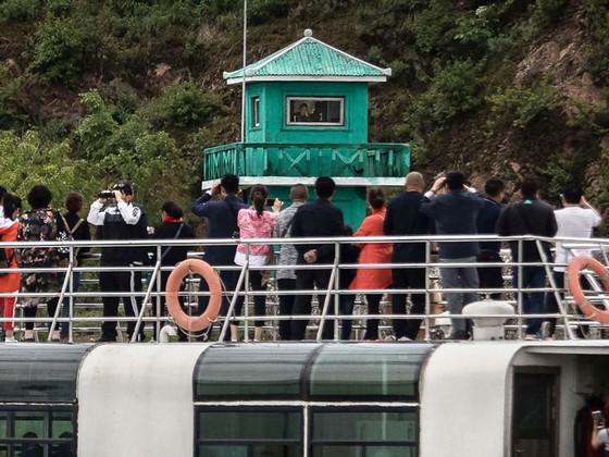 Cuộc sống biên giới Trung Quốc - Triều Tiên:  Những ngày nóng bỏng ảnh 1