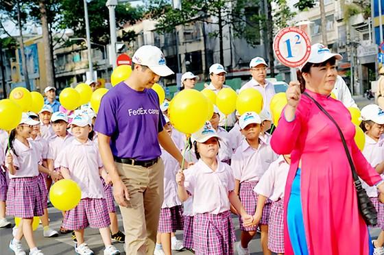 Tháng Quốc tế đi bộ đến trường 2017 ảnh 1