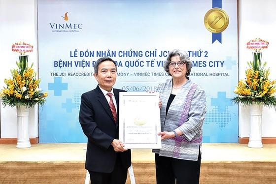 VINMEC TIMES CITY -  Nhận chứng chỉ chất lượng quốc tế JCI lần thứ 2 ảnh 1