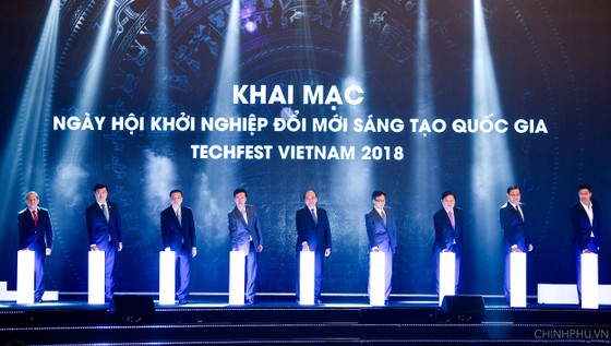 Thủ tướng Nguyễn Xuân Phúc:  Sẽ lập trung tâm khởi nghiệp quốc gia thống nhất ảnh 1