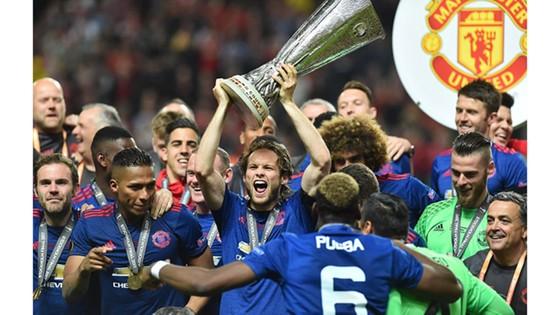 Manchester United đăng quang Europa League 2017