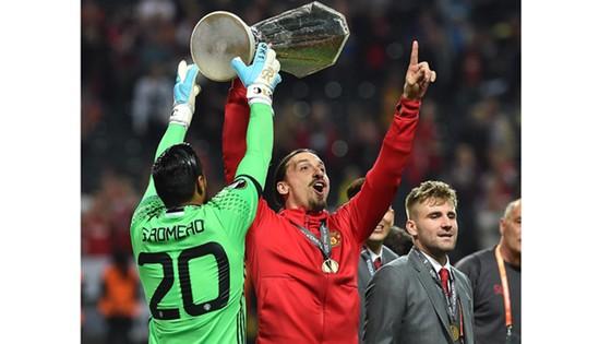 Manchester United đăng quang Europa League 2017 ảnh 2