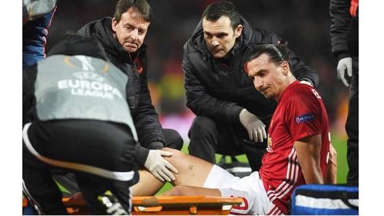 Thời khắc khiến Zlatan Ibrahimovic phải sớm chia tay Man.United.