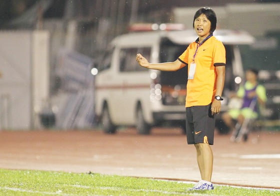 HLV Kim Chi: Ai cũng muốn cống hiến cho ĐTQG ảnh 1