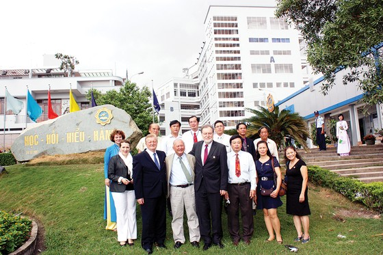 Đại học Bình Dương: 20 năm góp sức vì nền giáo dục mở ảnh 2