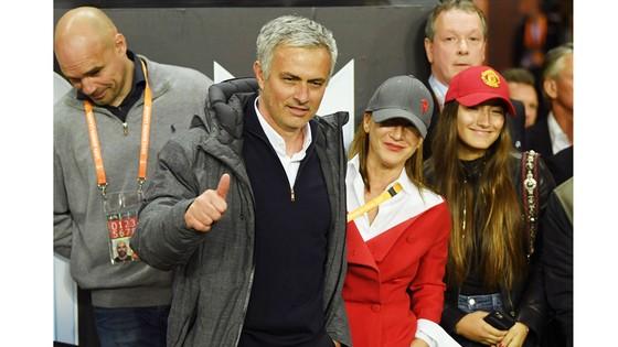 """Khi các quyền lực La Liga suy yếu, những """"vua đấu cúp"""" như Jose Mourinho sẽ giúp Premier League tìm lại danh tiếng?"""