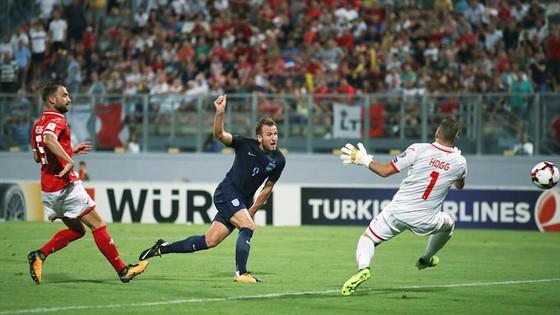 Vòng loại World Cup 2018: Đức, Anh cùng thắng ảnh 1