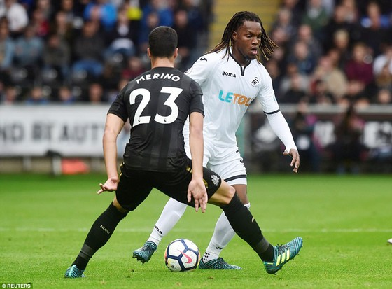 Vòng 4 - Ngoại hạng Anh: Newcastle và Burnley thắng tối thiểu ảnh 1