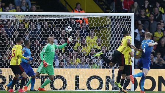 """Pháo thủ Arsenal """"trắng tay"""" trước chủ nhà Watford ảnh 1"""