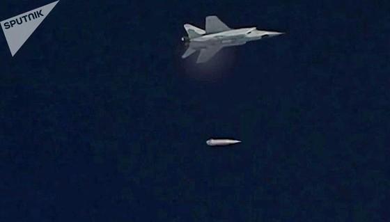Nga thử thành công siêu tên lửa Kinzhal ảnh 1