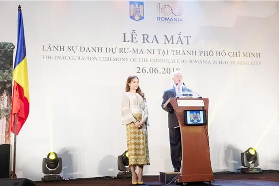 Ra mắt lãnh sự danh dự Rumani tại TPHCM ảnh 1