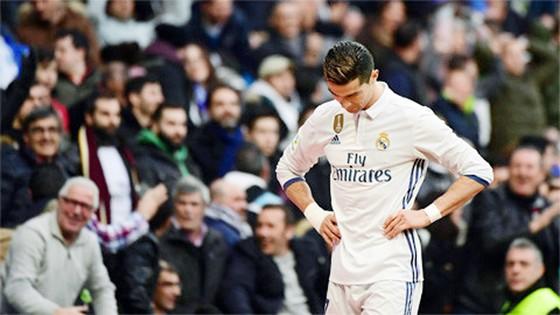 Ronaldo thường bị CĐV Real la ó