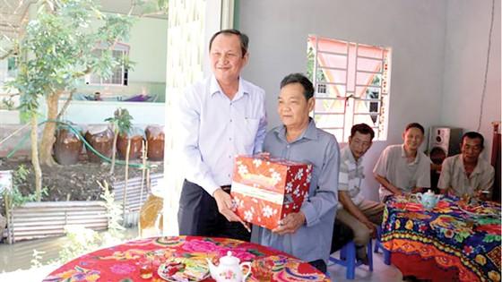 Xổ số kiến thiết Đồng Tháp kết hợp Xổ số kiến thiết Bình Thuận trao nhà tình thương ảnh 1