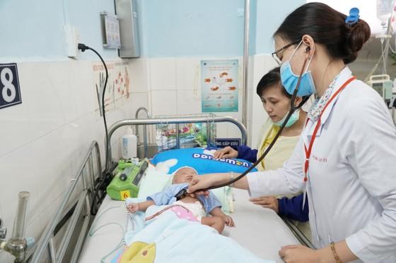 Phối hợp sản - nhi cứu sống trẻ sơ sinh ảnh 1