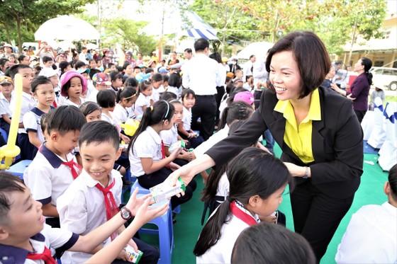 Khởi động hành trình 10 năm vì tầm vóc trẻ em Việt Nam ảnh 1