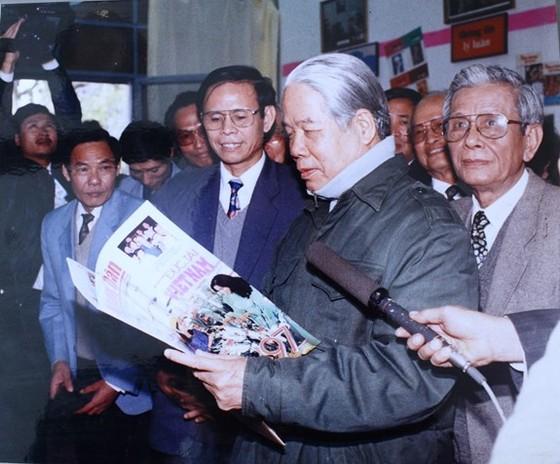 Mãi mãi nhớ ơn nhà lãnh đạo mẫu mực, người tâm huyết với sự nghiệp báo chí cách mạng! ảnh 1