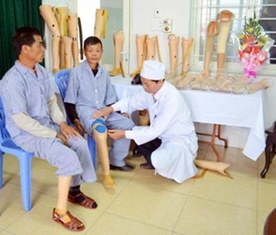 Bình Phước: Nỗ lực phục hồi chức năng cho người khuyết tật ảnh 1