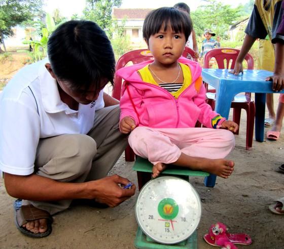 Phòng, chống suy dinh dưỡng cho trẻ em ở miền núi: Cần nhiều giải pháp đồng bộ ảnh 1