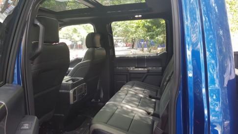 Diện kiến siêu bán tải Ford F-150 Raptor đầu tiên tại Việt Nam - ảnh 9