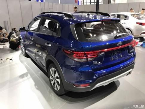 KIA K2 Cross ra mắt, đối đầu Ford EcoSport - ảnh 1