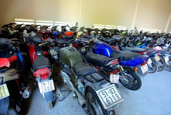 [ẢNH] Ngỡ ngàng một vạn xe máy không ai nhận ở TP.HCM chờ bán sắt vụn - ảnh 14