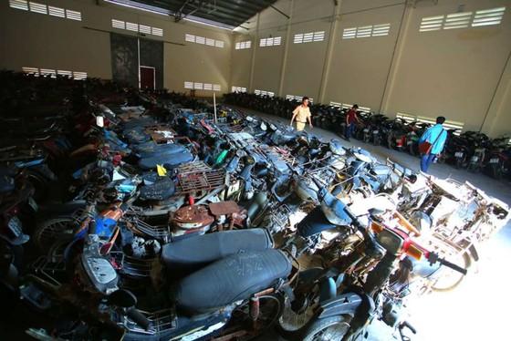 [ẢNH] Ngỡ ngàng một vạn xe máy không ai nhận ở TP.HCM chờ bán sắt vụn - ảnh 5