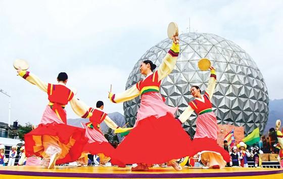 Hàn Quốc đa dạng khách du lịch  ảnh 1