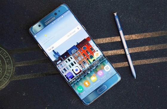 Galaxy Note 7R doi ten thanh Note FE, gia 10 trieu dong, sap ve VN hinh anh 1