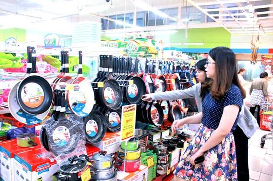 Thị trường bán lẻ: Cuộc chiến không điểm dừng ảnh 1
