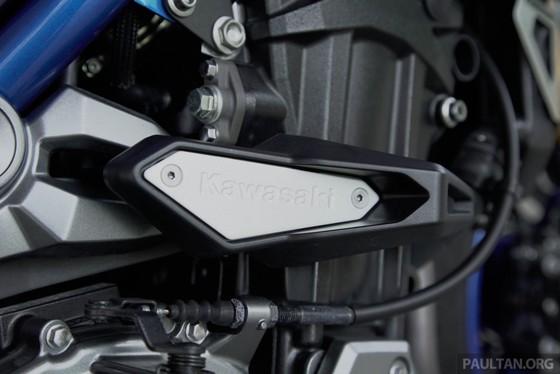 Kawasaki Z900 ABS ban dac biet ra mat tai Malaysia hinh anh 8