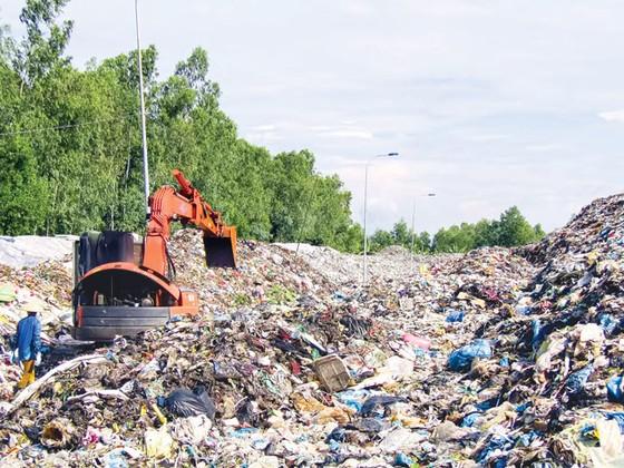 Giải cứu rác ở Hậu Giang ảnh 1