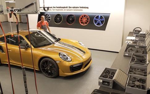 Khám phá quá trình sản xuất Porsche 911 phiên bản giới hạn - ảnh 3