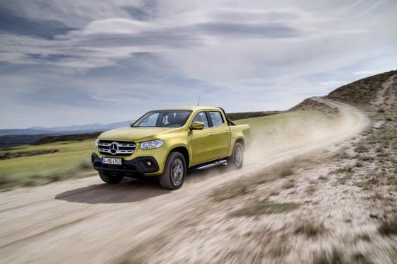 Mercedes-Benz trinh lang xe ban tai hang sang hinh anh 1