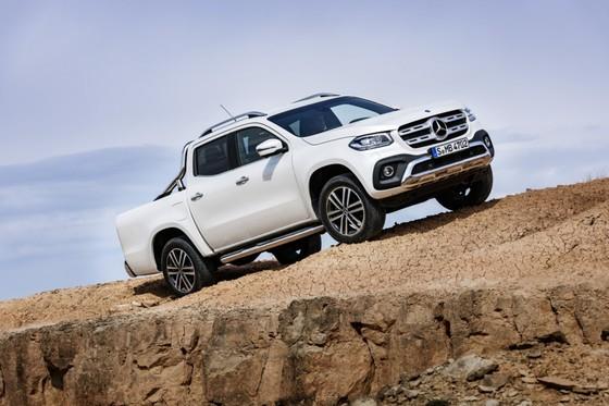 Mercedes-Benz trinh lang xe ban tai hang sang hinh anh 10