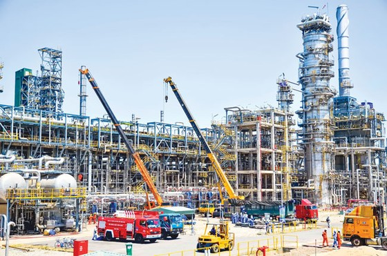 IPO Nhà máy Lọc dầu Dung Quất: Mỏ vàng có tận dụng được vàng ảnh 1
