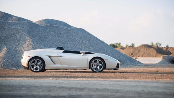 Sieu xe Lamborghini doc nhat tren the gioi hinh anh 2