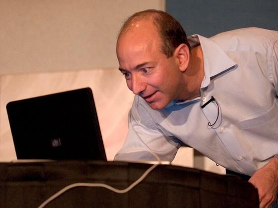 Jeff Bezos tro thanh nguoi giau nhat the gioi nhu the nao? hinh anh 10