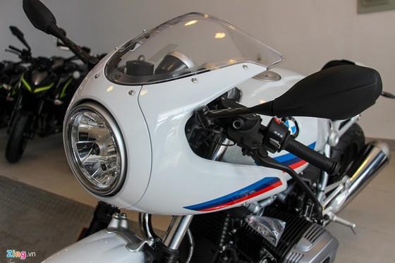 BMW R nineT Racer dau tien ve Viet Nam hinh anh 3