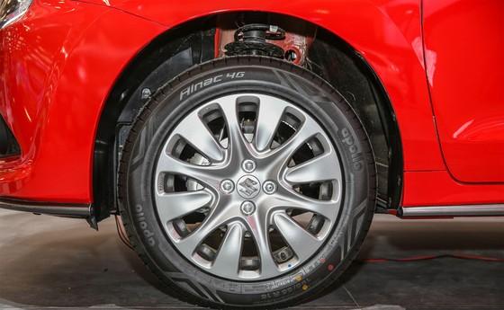 Hatchback 5 cua Suzuki Baleno gia chi hon 14.000 USD o Indonesia hinh anh 4