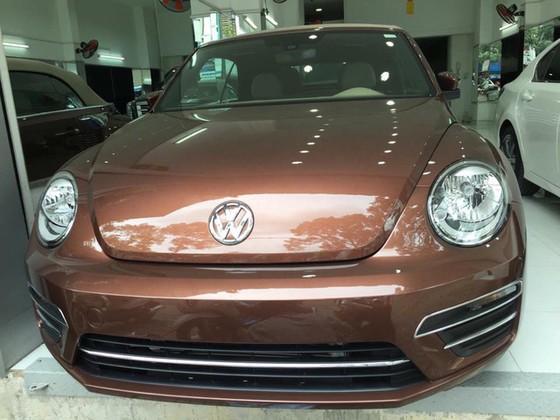 Con bọ Volkswagen Beetle Convertible 2017 cập bến Việt Nam - Ảnh 1.