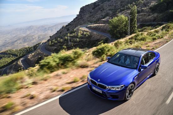 BMW trình làng sedan hiệu suất cao M5 2018 ảnh 13